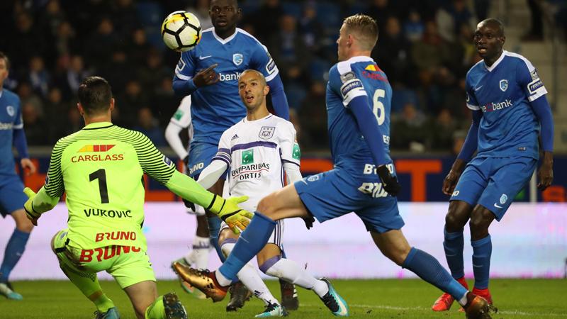 Anderlecht wint met het kleinste verschil in Genk