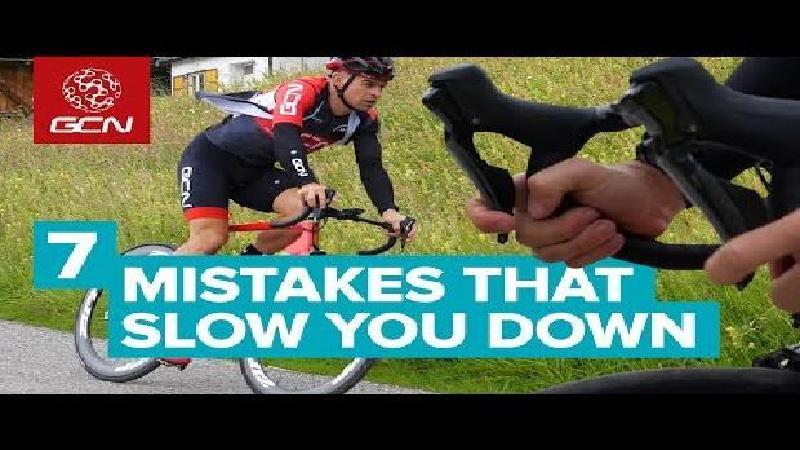 De 7 fouten die je onbewust trager maken (VIDEO)