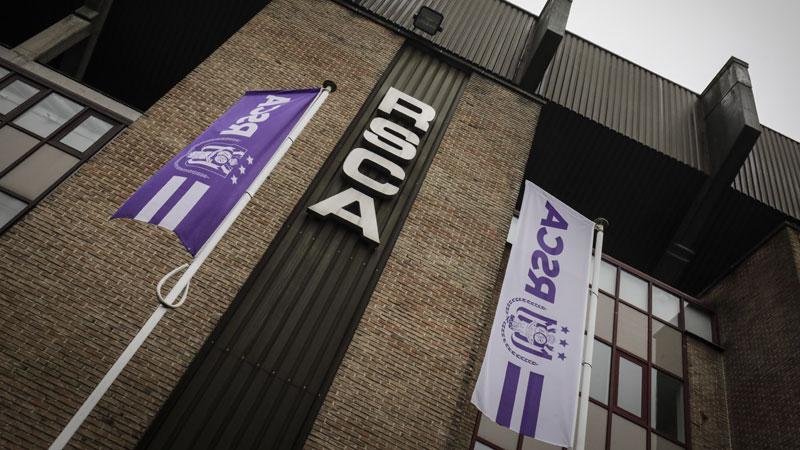 Anderlecht stelt nieuw thuisshirt voor