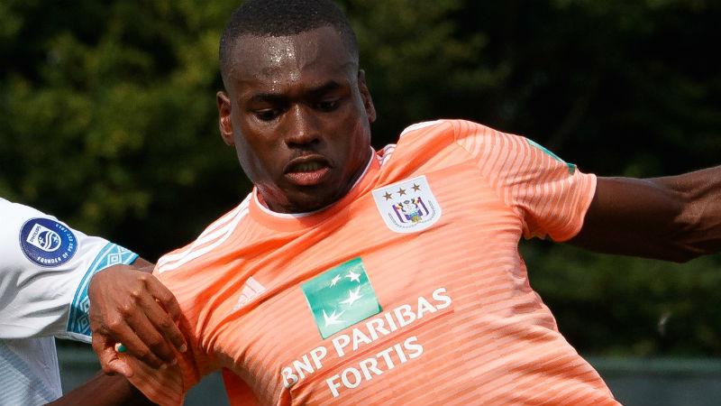 Twee gemiste strafschoppen en rode kaart tijdens oefenmatch Anderlecht