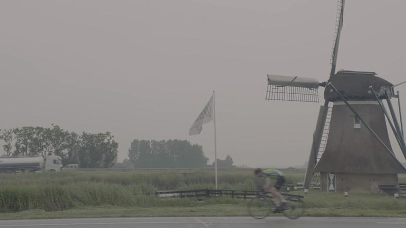 Maarten Tjallingii verkent wielerversie Elfstedentocht, van Heerenveen naar Bolsward