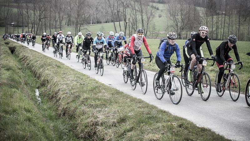 Un contingent international a vécu son propre Tour des Flandres