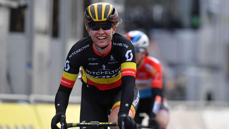 D'hoore sprint naar zege in Driedaagse Brugge-De Panne