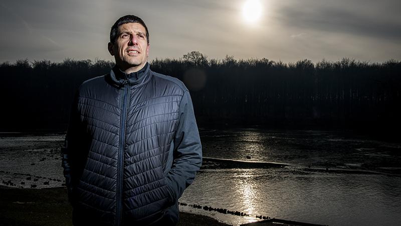 2 jaar na de aanslagen ... ex-basketter Sebastien Bellin loopt AG Antwerp 10 Miles