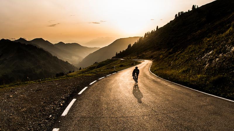 Studie bewijst: fietsen houdt je jong