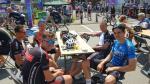 Zonnekloppers en wereldkampioen genieten van Landen - Trois-Ponts - Landen