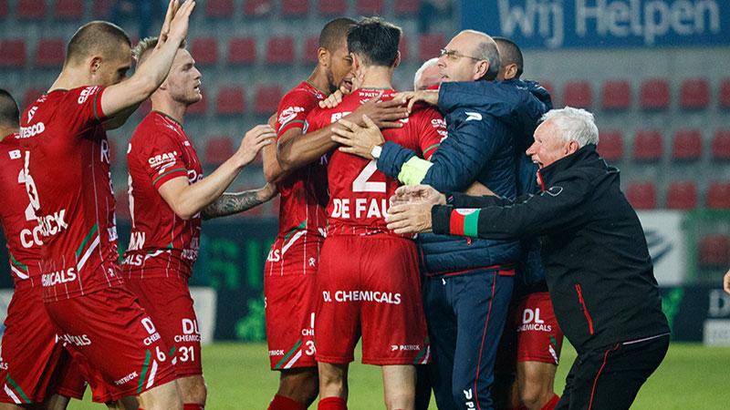 Zulte Waregem wint Play-Off II na onwaarschijnlijke thriller
