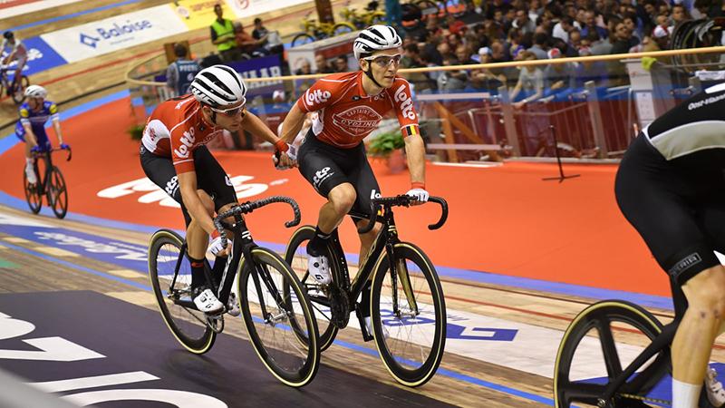 De Buyst en Van der Sande op kop, wereldkampioenen naderen