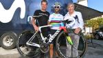 Met deze regenboogfiets rijdt Valverde in Lombardije