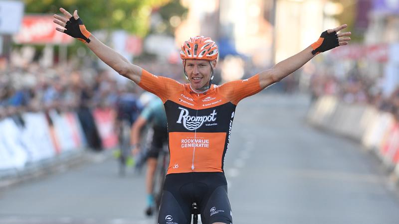 Van der Hoorn wint Sluitingsprijs