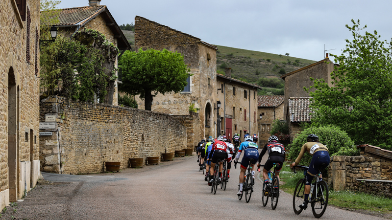 d86e0a39ede9 La Bourgogne Cyclo on one of the most beautiful Granfondo courses