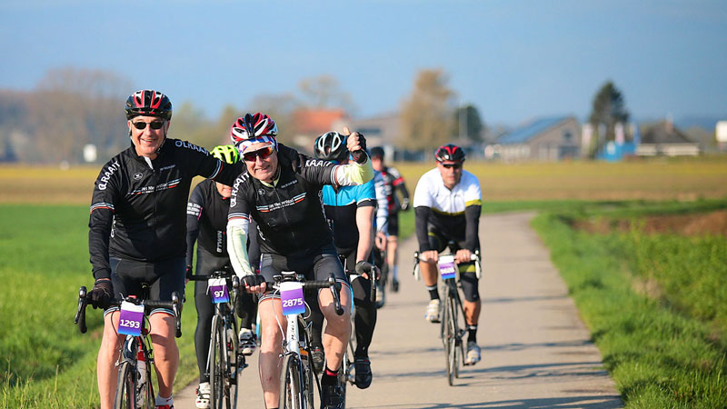 Près de 3000 cyclotouristes au rendez-vous d'un radieux Peter Van Petegem Classic