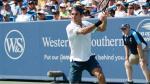 Federer se fait surprendre, Djokovic passe