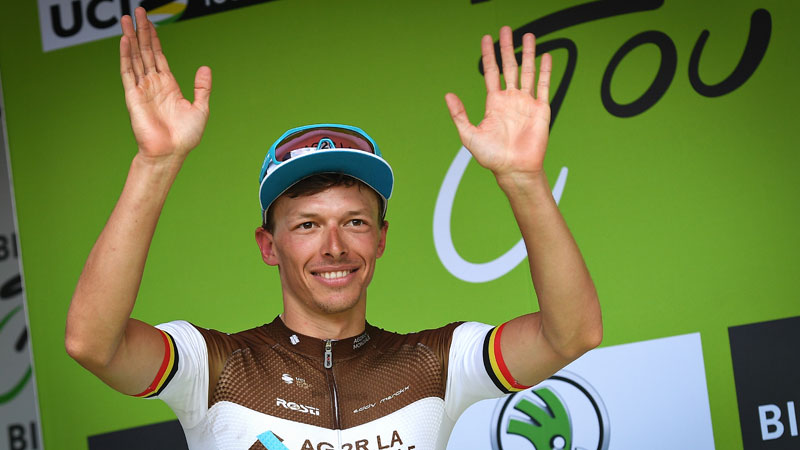 "Oliver Naesen wins final stage: ""First time I beat Greg in such a finish"""