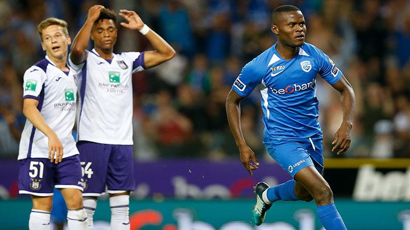 Anderlecht verliest in Genk en pakt 2 op 15