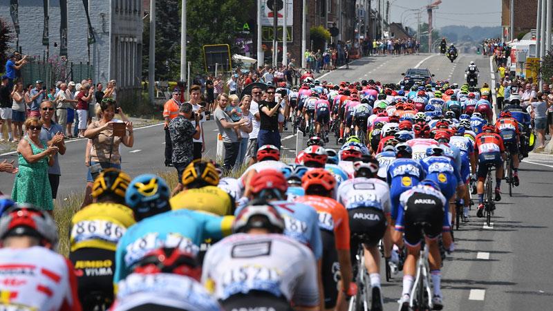 L'UCI dévoile les 18 équipes du WorldTour, 1 équipe en attente