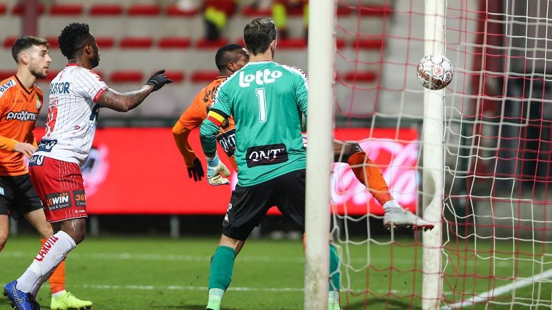 Perbet houdt Play-Off 1-droom van Charleroi in leven