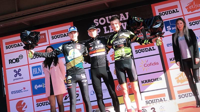 Janssen wint in Leuven na solo van begin tot einde