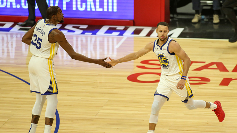 Golden State en forme, les Lakers pas (VIDEO)