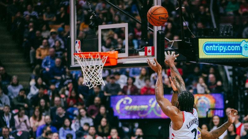 Toronto triomfeert na twee verlengingen (VIDEO)