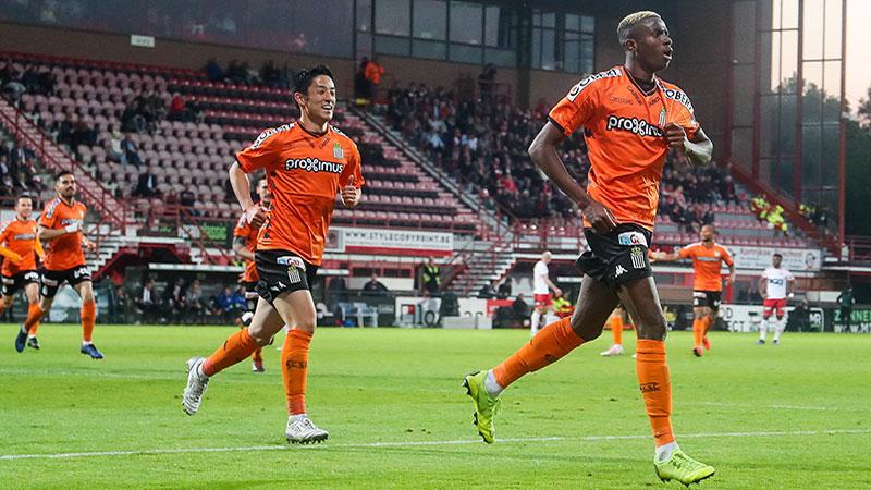 Charleroi wint Play-Off 2 dankzij sterke Osimhen