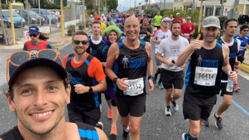 Man loopt marathon in alle landen van de wereld voor goed doel - Sport.be