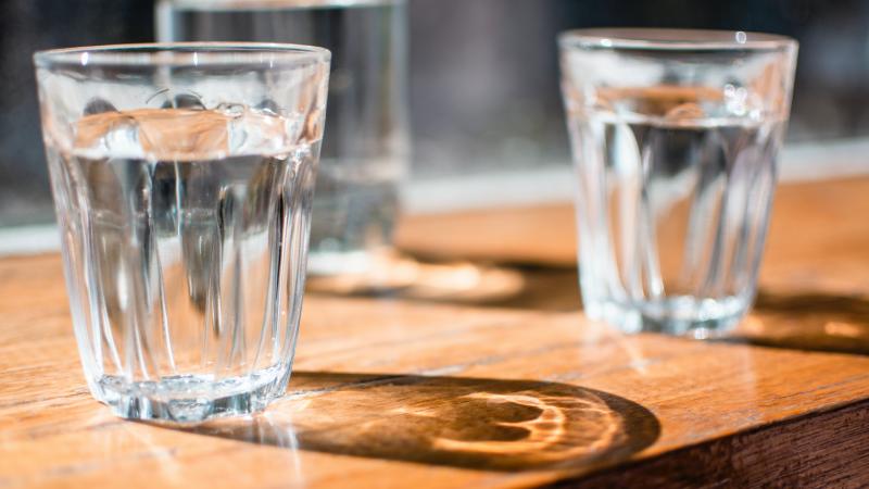 Voldoende water drinken? Fluitje van een cent!