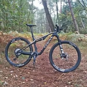 Fietstests: MTB's van Canyon, Specialized, Lapierre & Trek