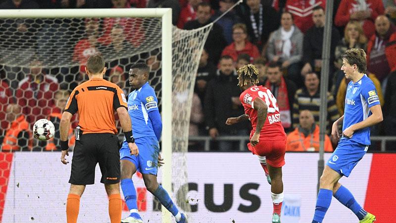 Genk lijdt ongelukkige nederlaag in Luik