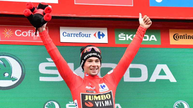 Roglic wint Vuelta,slotrit voor Jakobsen