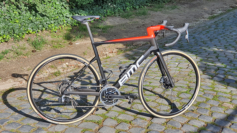 GETEST: BMC Teammachine SLR01 One (VIDEO)