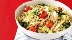 Herstelmaaltijd: pasta met avocado en kip