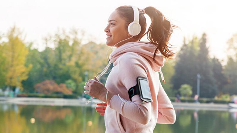 Studie toont aan hoe muziek sportprestaties beïnvloedt