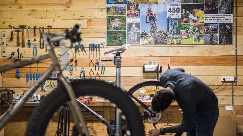 LABIECYCLETTE: Custom fietsen, trendy accessoires en bergen advies