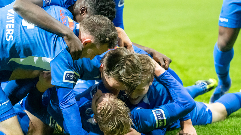 KRC Genk scoort punten in race naar Play-Off 1