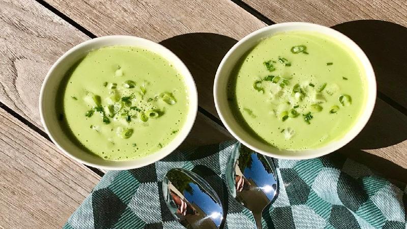 Recept: verfrissende gazpacho van spinazie en avocado