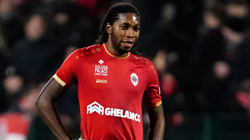 Mbokani poursuit finalement à l'Antwerp