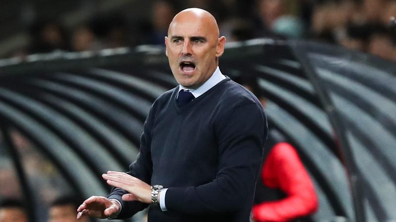Saint-Trond a présenté son nouvel entraîneur