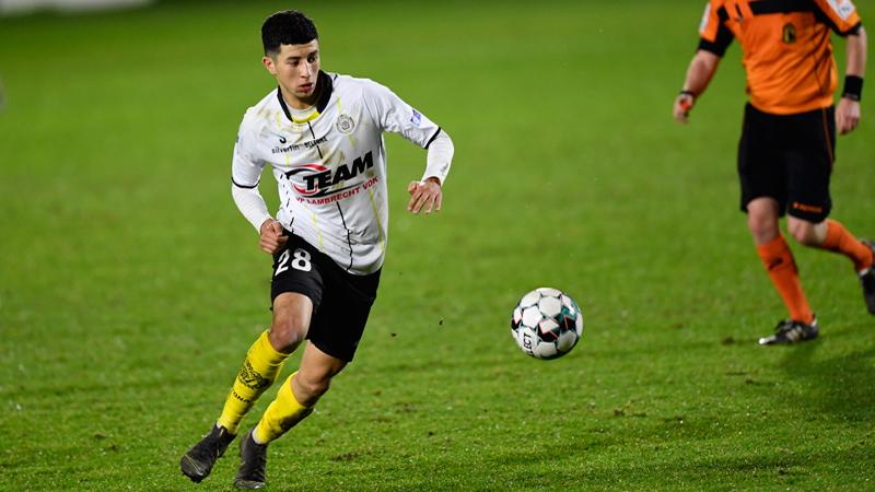 Charleroi confirme le transfert d'un nouveau médian offensif
