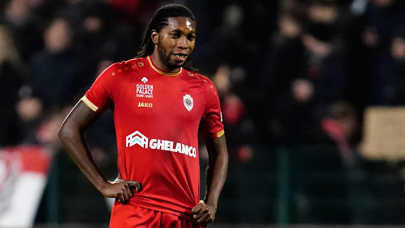 Mbokani is de Gouden Stier (VIDEO)