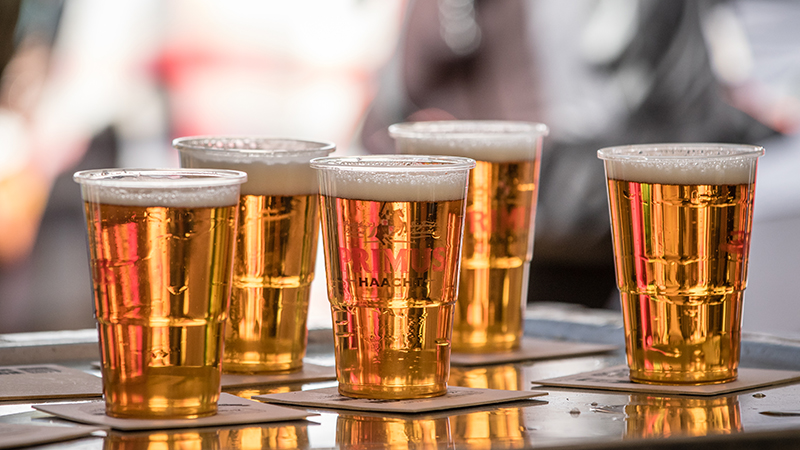 Waarom fittere mensen meer alcohol drinken