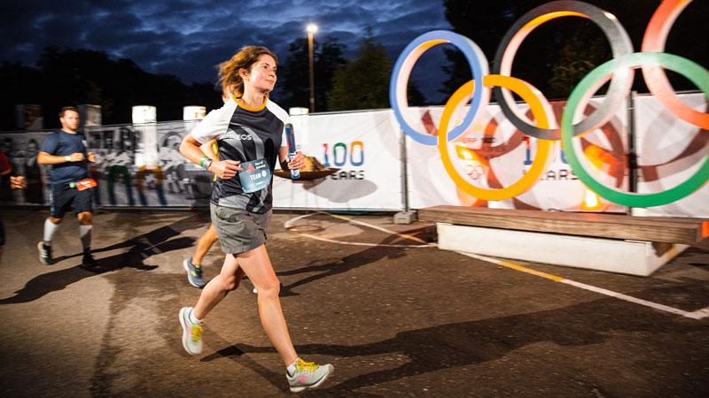 Le bonheur de terminer dans l'obscurité pour la première du Port of Antwerp Night Marathon