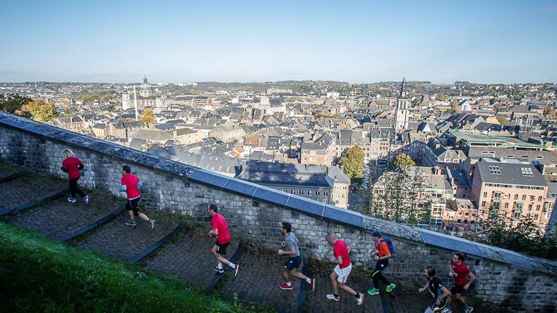 Zonnige editie van DH Namur Urban Trail