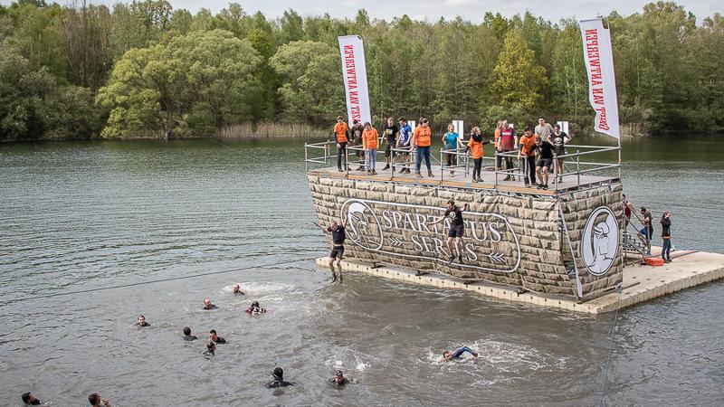 Topsfeer op eerste dag Spartacus Run
