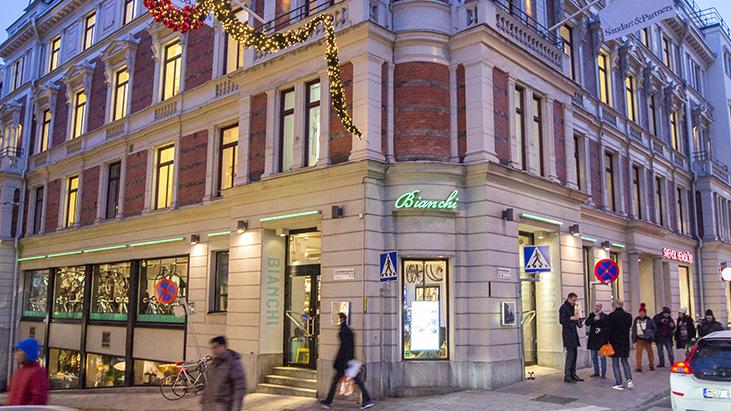 Op de koffie bij Bianchi Café & Cycles Stockholm