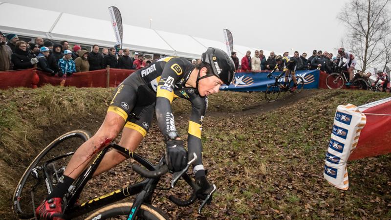 Cyclo Cross Calendrier.Mathieu Van Der Poel Elu Cycliste De L Annee Aux Pays Bas