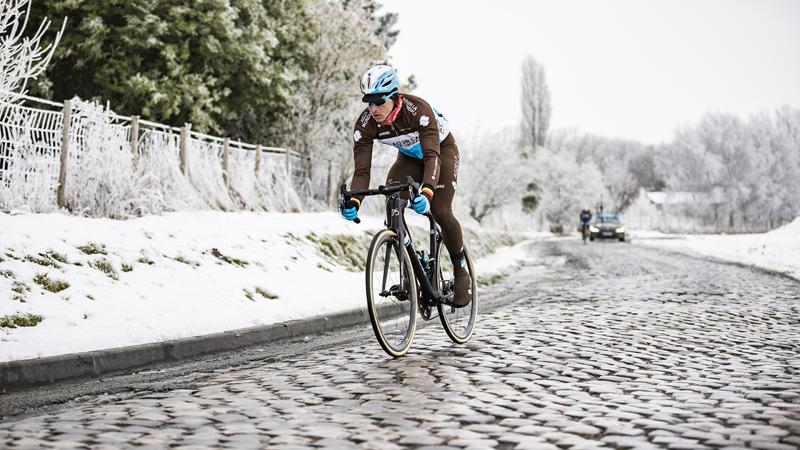 AG2R & Eddy Merckx Bikes in Hem