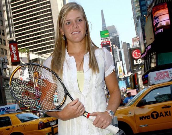 Quelle est selon vous la plus belle joueuse du circuit WTA ? - Page 3 FSmelanieoudin
