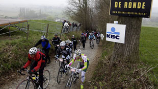 Tour of Flanders for cyclotourists & mountainbikers 2012